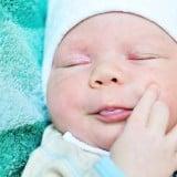 赤ちゃん 湿疹 腫れ とびひ 発疹 かゆい