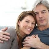 カップル 夫婦 中年 熟年