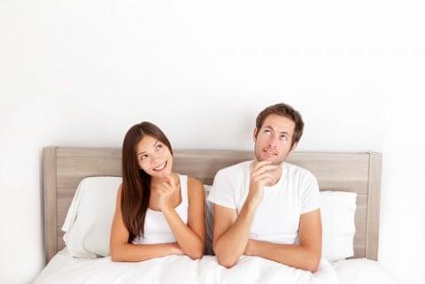 カップル 夫婦 妊活 子作り ベッド