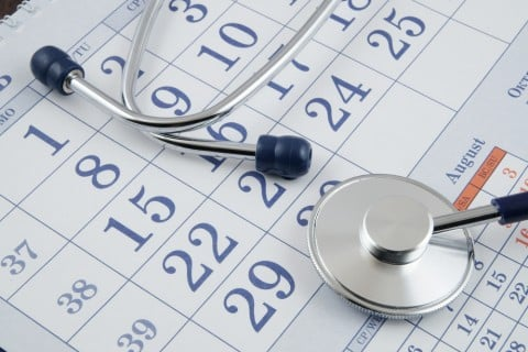 カレンダー スケジュール 病院 医師 相談 聴診器