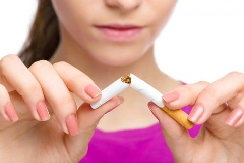 女性 喫煙 禁煙 タバコ