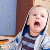 赤ちゃん 泣く 癇癪 怒る 子供