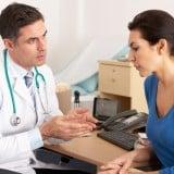 医師 相談 受診 女性 診察