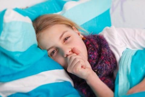 子供 咳 熱 病気 風邪