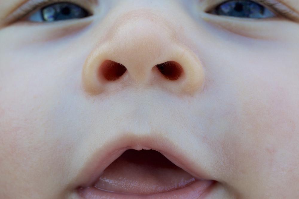 新生児 鼻くそ つまり 苦 しそう 【赤ちゃん・新生児の鼻くそ】つまりを解消するためのテクニックは?