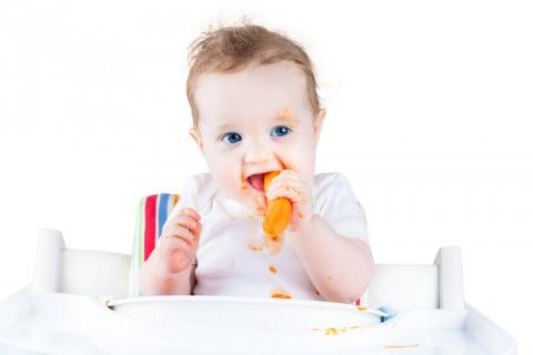 赤ちゃん 手づかみ 食べ 離乳食