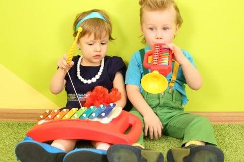 楽器 おもちゃ