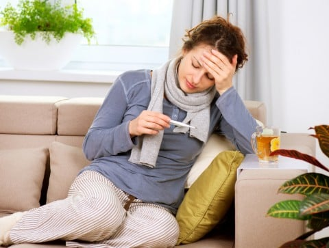 女性 風邪 発熱 体調不良