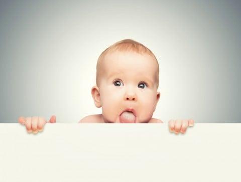 赤ちゃん 舌 白い あっかんべー