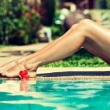 女性 水 プール