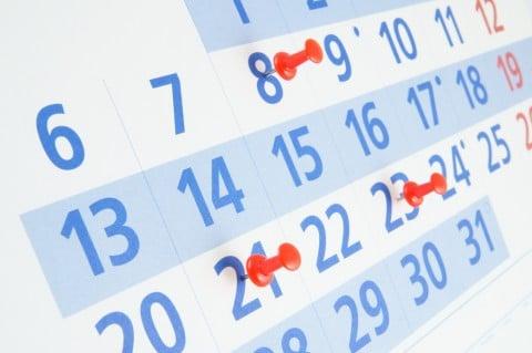カレンダー 生理日