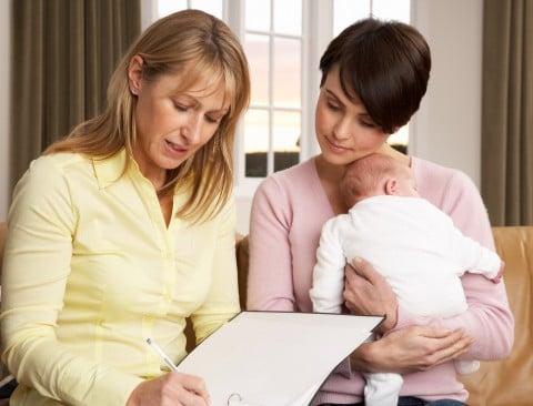 新生児訪問 赤ちゃん ママ 保健師