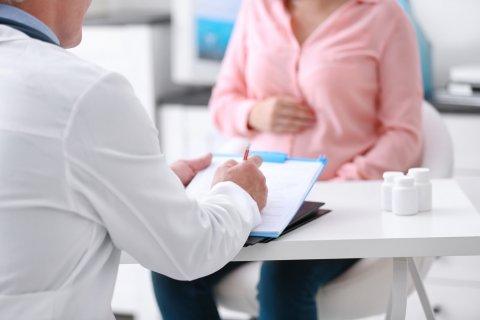 妊婦 病院 診察 医師