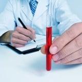 医師 血液 診察 病院