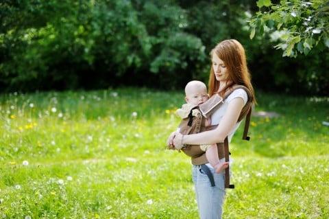 抱っこ紐 抱っこ ママ 赤ちゃん おでかけ
