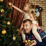 クリスマス ツリー 子供 パパ 親子 飾り付け