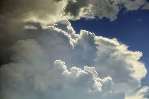 天気 不安定 曇り 不安 心配