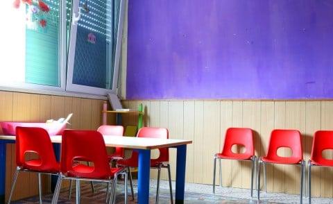 風景 保育園 椅子 幼稚園