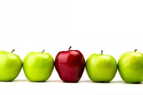 りんご 青 赤 個性