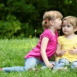 姉妹 女の子 子供 二人