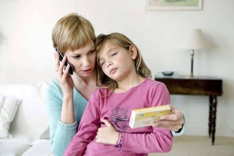子供 腹痛 ママ 電話 救急