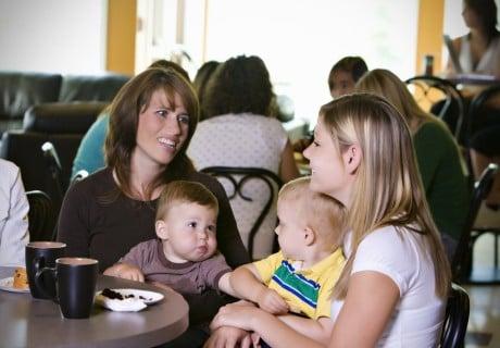 ママ ママ友 ランチ 赤ちゃん 子供 外食 食事 レストラン