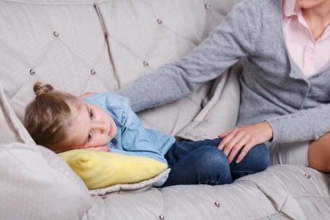 親子 女の子 子供 体調不良 風邪
