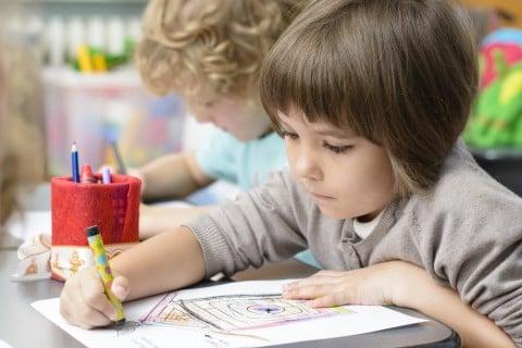 幼稚園 保育園 スクール 習い事 勉強 少年 子供 男の子