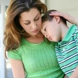 女性 親子 子供 看病