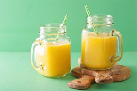 パイナップル ジュース マンゴー スムージー