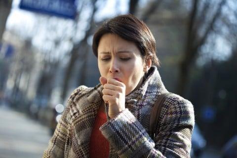 咳 せき 女性 風邪 かぜ
