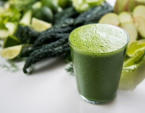 緑 野菜 青汁 健康