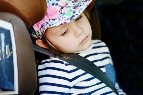 子供の乗り物酔いの原因と対策おすすめの薬は こそだてハック