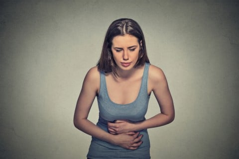 女性 お腹 腹痛 子宮 痛み