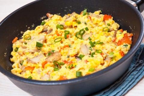 スクランブルエッグ 卵 料理 炒め物