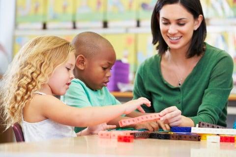 子供 保育園 幼稚園 しつけ 教育 遊び