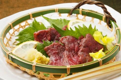 馬刺し 生肉 和食