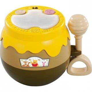 要出典 太鼓 おもちゃ タカラトミー くまのプーさん たたいてピカピカ光るタイコ