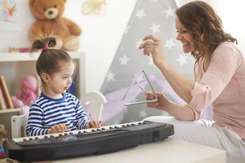 音楽 楽器 ピアノ 親子
