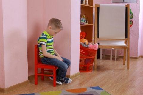 自閉症 子供 孤独 ひとり