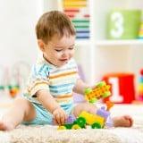 赤ちゃん 子供 玩具 遊び 保育