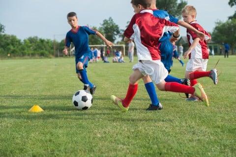 子供 サッカー 習い事