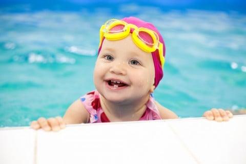 赤ちゃん 子供 水泳 習い事