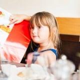 子供 レストラン メニュー