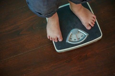 子供 ダイエット 体重計
