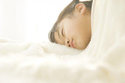 布団 子供 寝る 毛布 睡眠