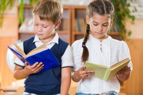 読書 本 男の子 女の子 図書室 勉強 小学生