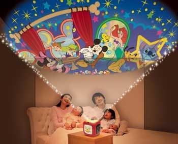 要出典 クリスマスプレゼント 2歳 3歳 女の子 タカラトミー ディズニーキャラクターズ 天井いっぱい!おやすみホームシアター