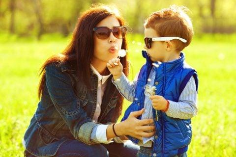 親子 ママ 子供 幼児 公園