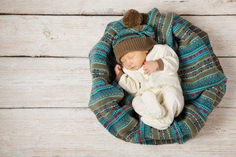 冬 新生児 赤ちゃん